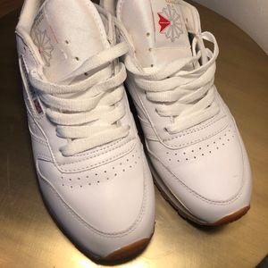 White Reebok Classics Sneakers Size 7